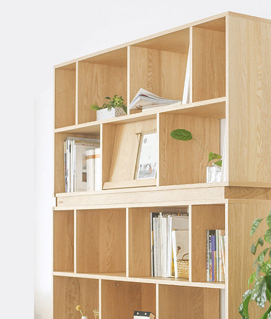 KARLI BOOKSHELF oak