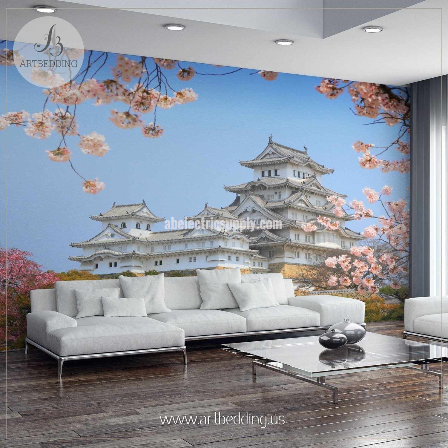 Medium Castle Decoration: Tower Of The UNESCO World Heritage Site Himeji Castle With