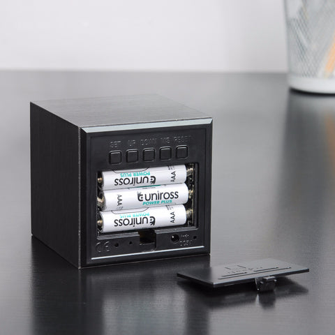 ... Cube Black Click Clock / White LED ...