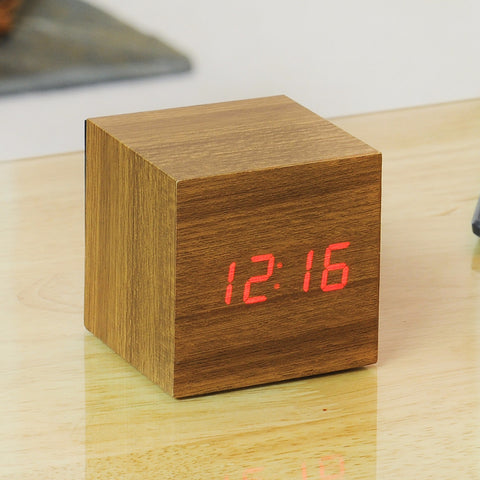 Cube Teak Click Clock / Red LED