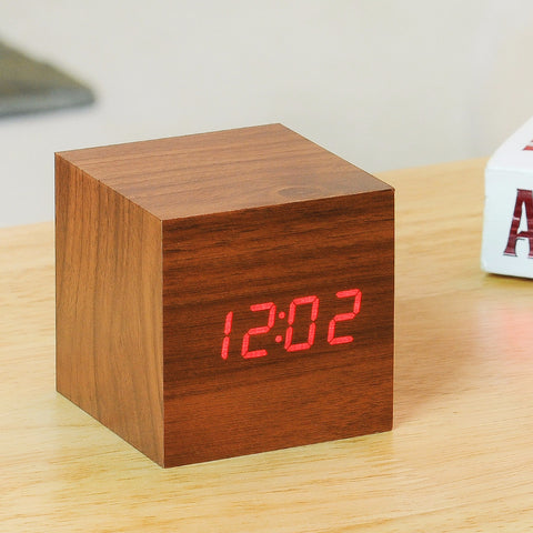 Cube Walnut Click Clock / Red LED