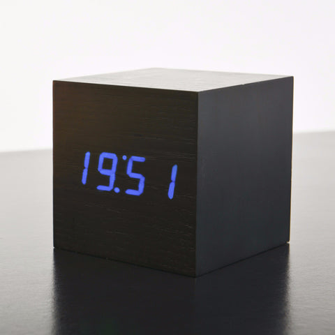 MAXI Cube Black Click Clock/ Blue LED