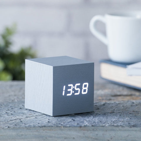 Cube Aluminium Click Clock / White LED