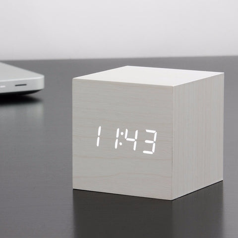 Cube White Click Clock / White LED