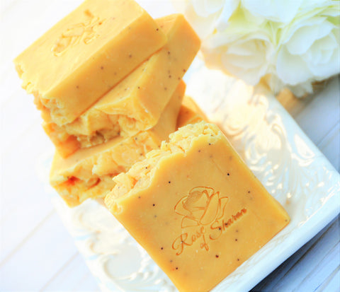 Lemongrass Poppyseed Silk & Milk Soap