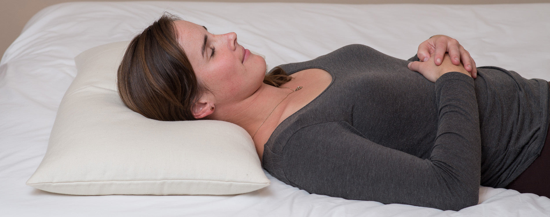 4 Tips For Sleeping On Your Back Comfycomfy Canada