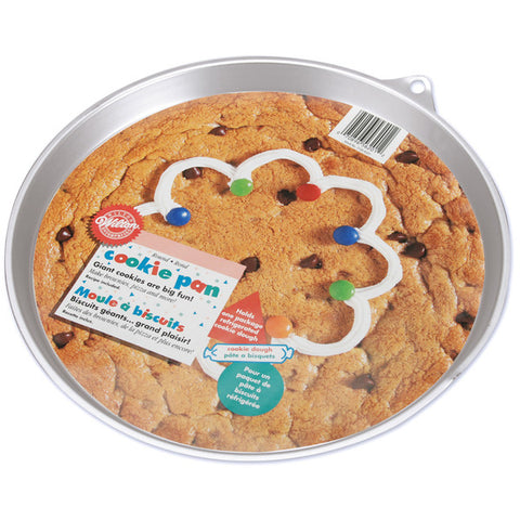 "giant-cookie-pan-round-11.5""x10.5""x.75"""