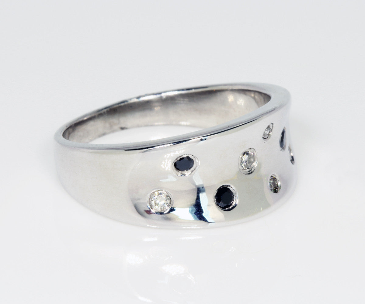 Black and White Diamond Concave Silver Ring