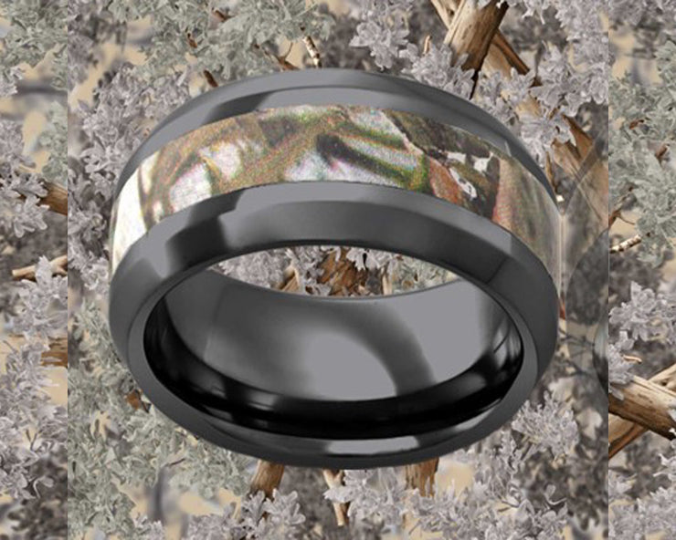 Beveled Edge Desert Black Ceramic Ring