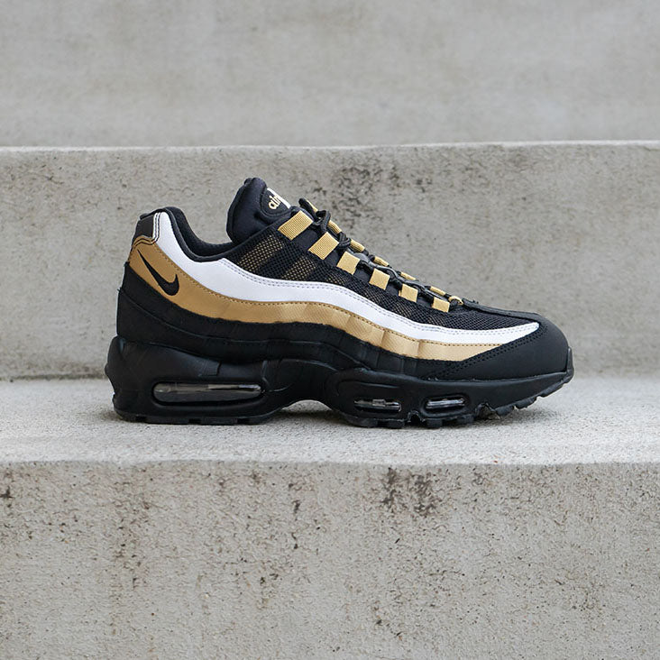 Nike Air Max 95 OG Available 11•16
