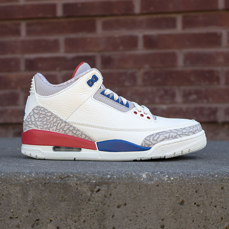 "Air Jordan 3 ""International Flight"" Available 6.30"