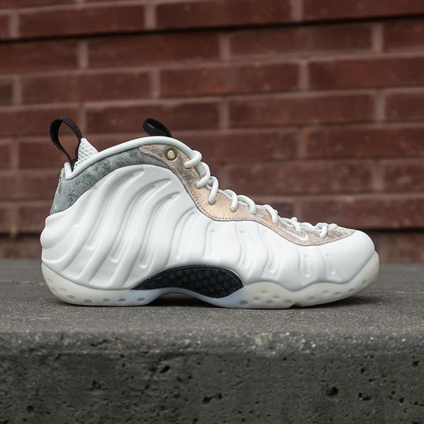 829bb746b W Air Foamposite One Available 8.31
