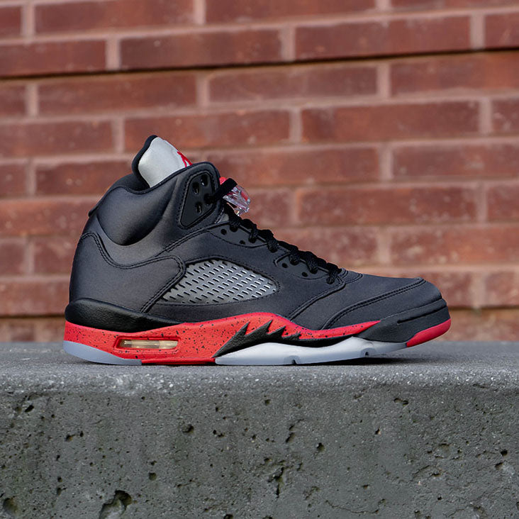 Air Jordan Retro 5 Satin Bred Available 10.03