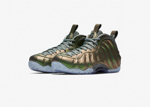 new style c4482 a8e1f Womens Nike Air Foamposite One