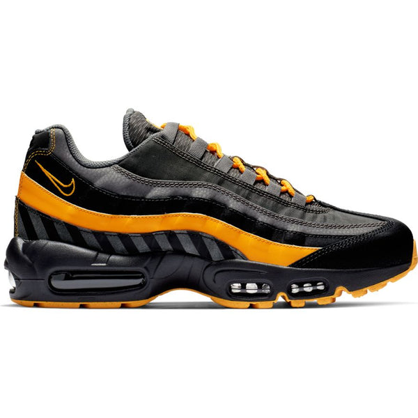 hot sale online 7c433 60d8b Nike Air Max 95