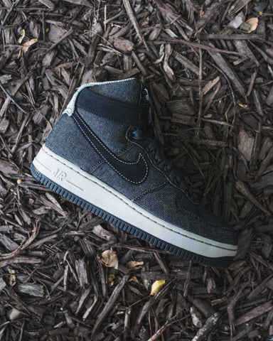 official photos 3d5e3 2b4c4 Womens Nike Air Force 1 High Available In-store now!