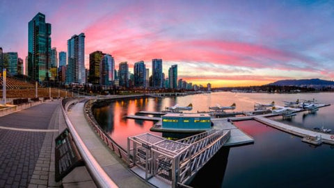 Vancouver Sea Wall - Ultimate Downtown Vancouver Staycation Guide