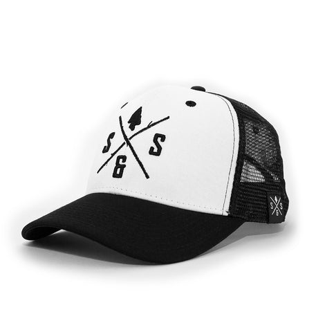 BLACK LOGO WHITE HAT
