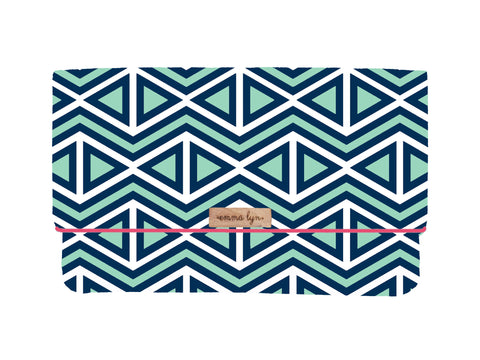 North Shore/Camellia  Everyday Wristlet