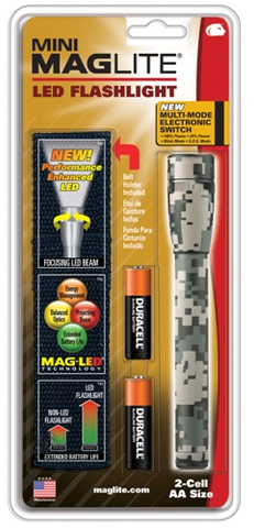 Maglite 2 AA Digital Camo LED w- Holster
