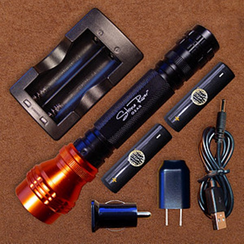 1000 Lumen Rechargeable Flashlight