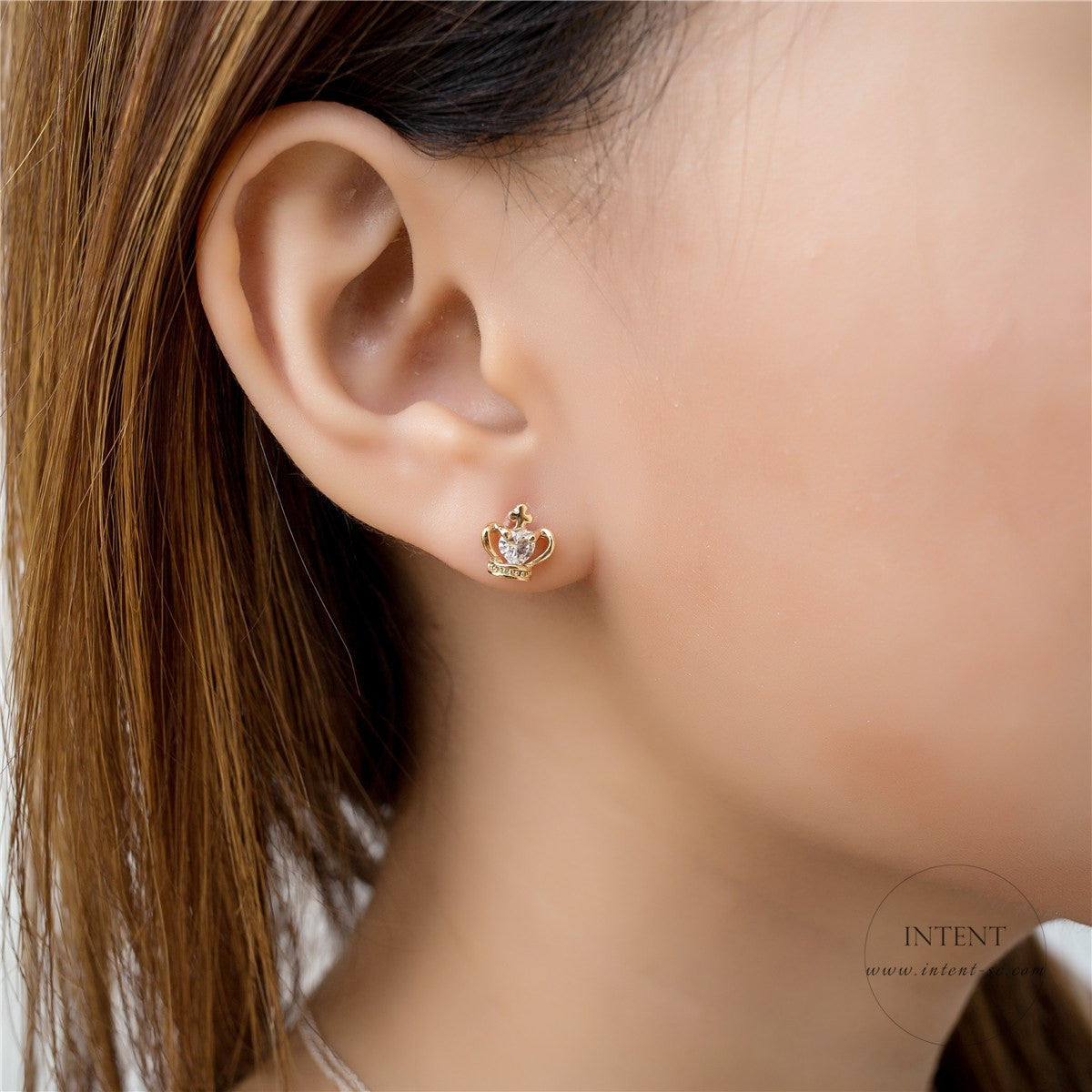 Crown & Pearl Earrings Set  / ER8077