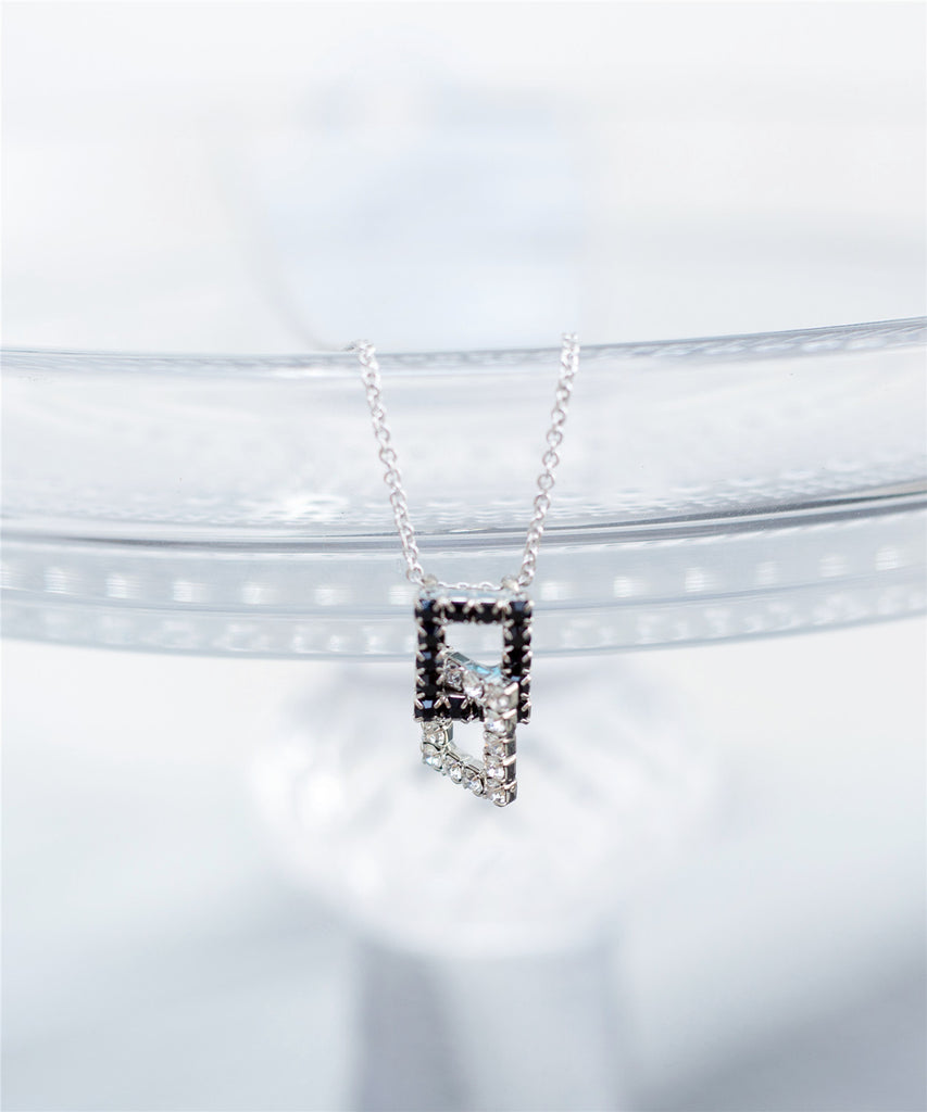 The Romantic Lock Necklace / NL8021