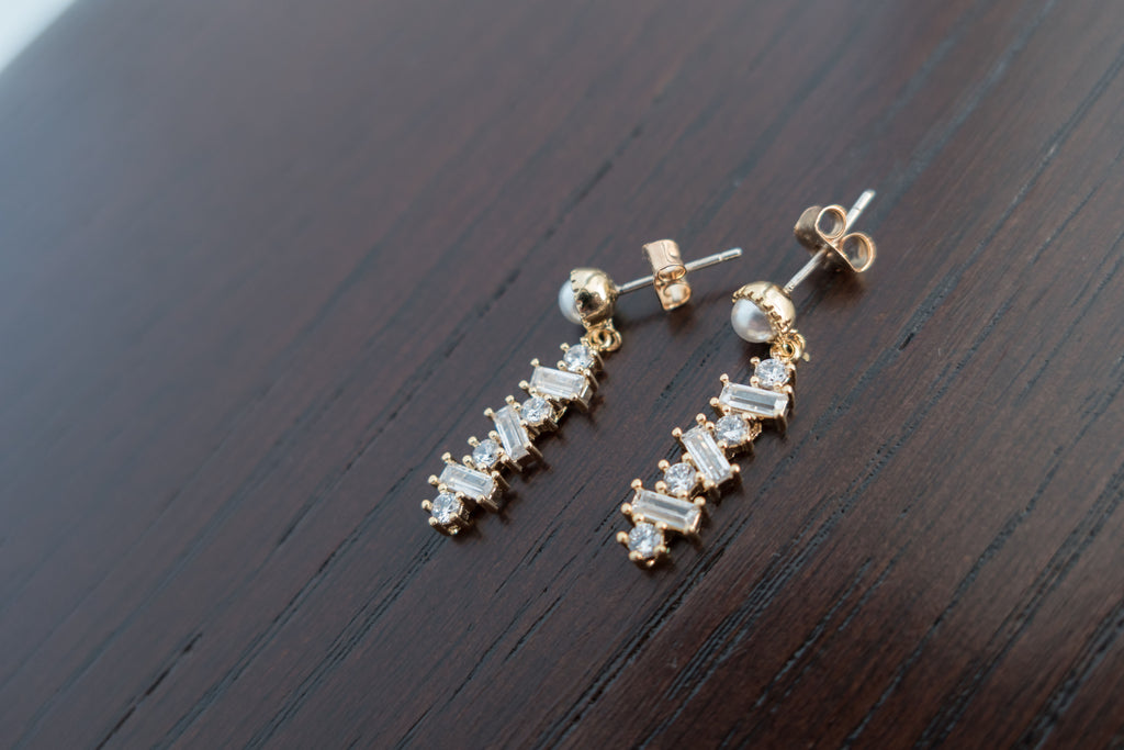 Pearl Crystal Drop, Earrings/ ER8306