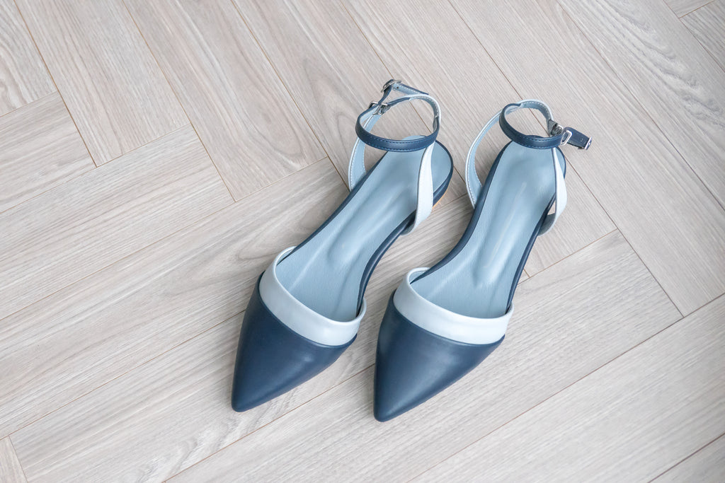tone in tone, pointed shoes/ SH8042