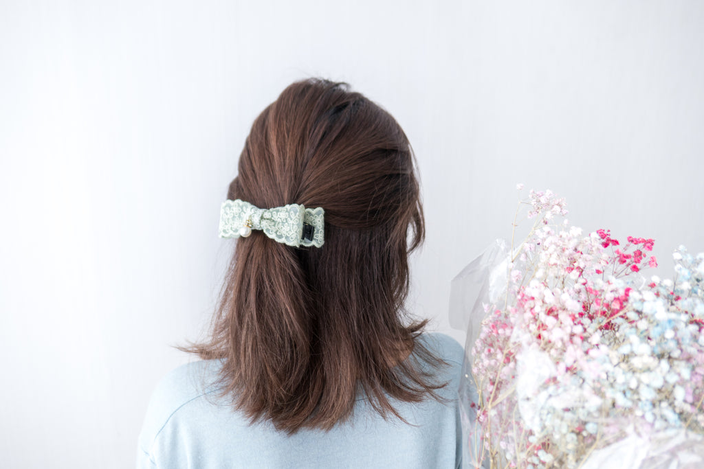 Lace, Banana Clip/ HA8073