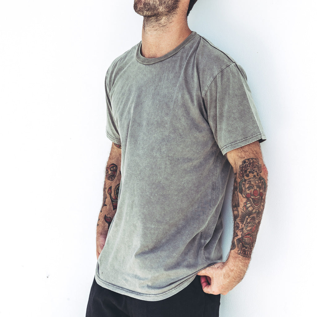 EVERYDAY TEE | khaki stone wash
