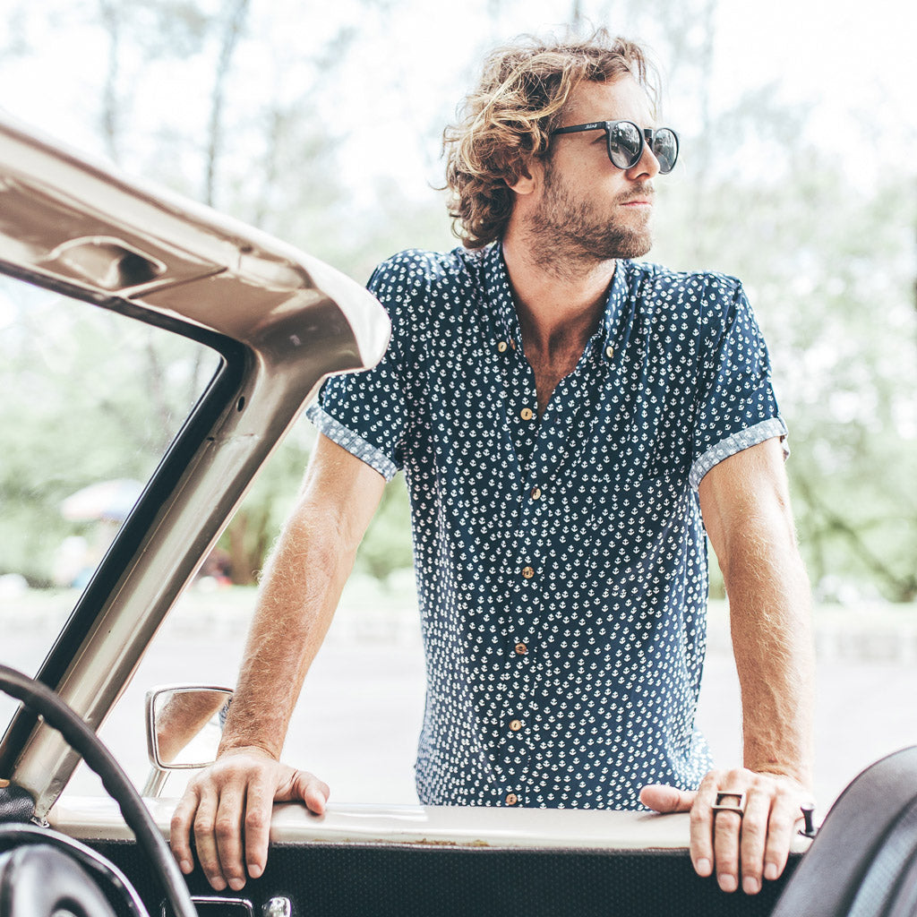 VACAY SHIRT | anchor navy