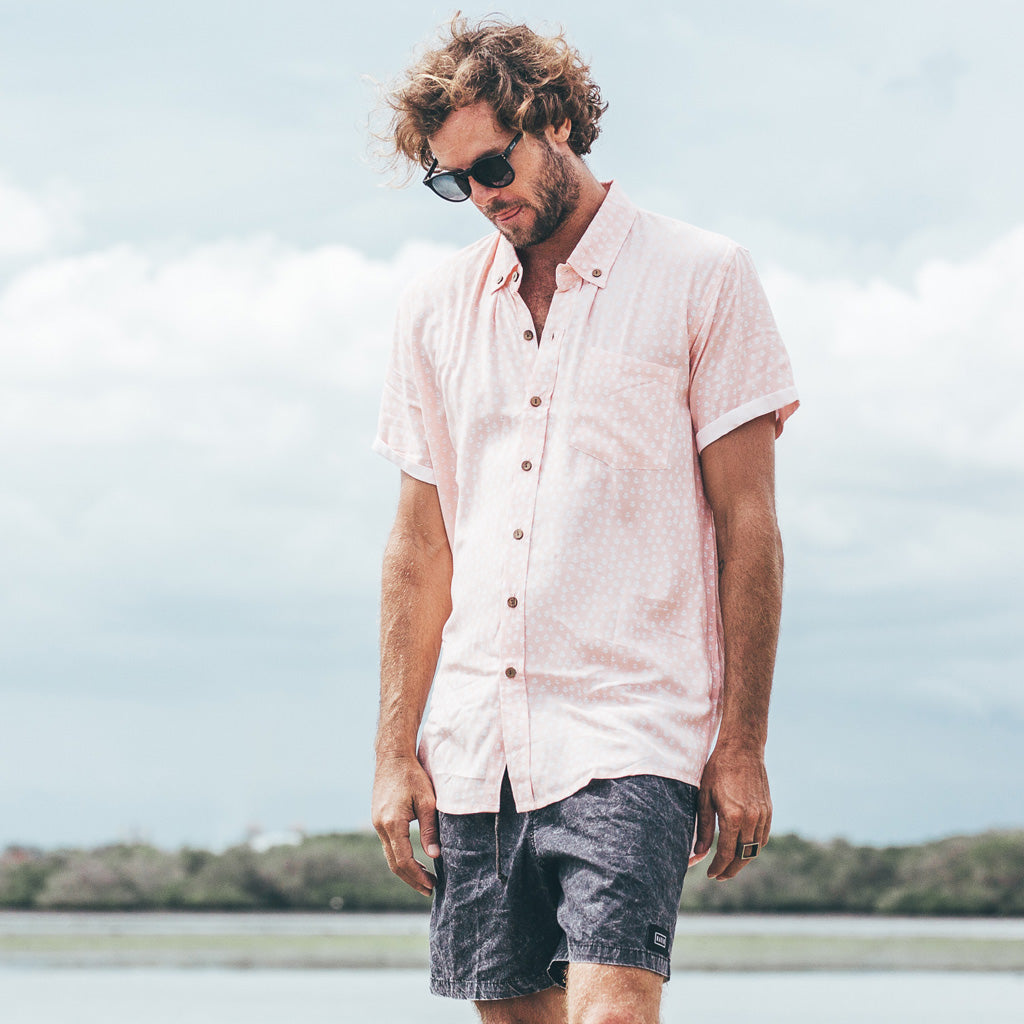 VACAY SHIRT | anchor peach