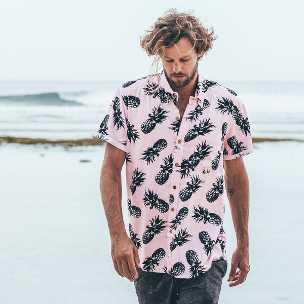 VACAY SHIRT | pineapple pink