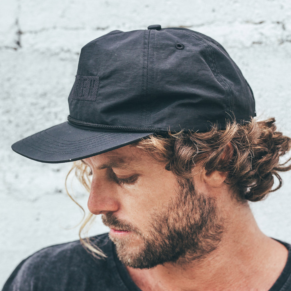 LENNOX HAT | black