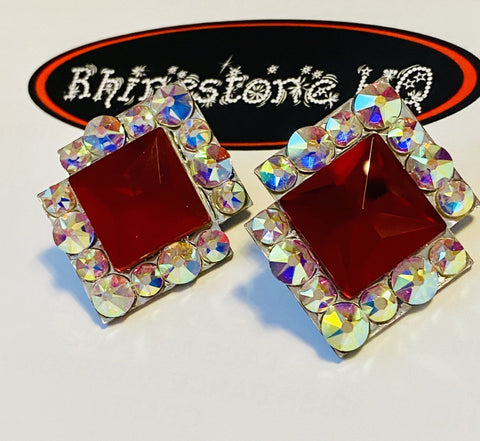Rio Earrings Studs red square centre