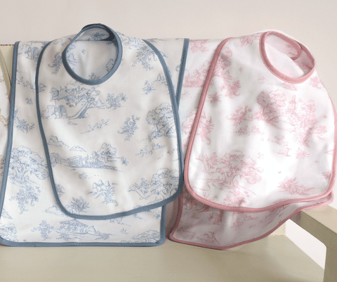 Storyland Toile Bib & Burp Set