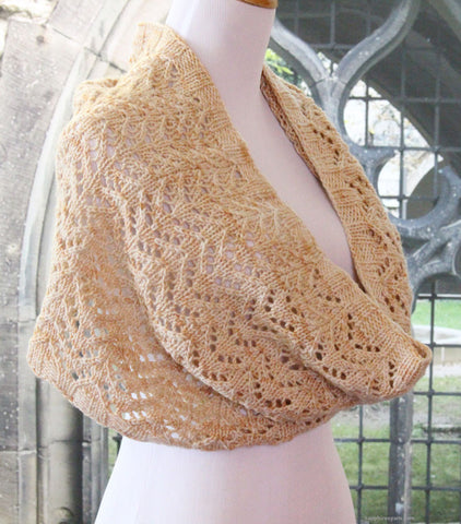 Easy Chevron Lace Cowl Pattern - Knit