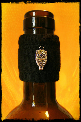 Wine band drip stopper accessory with hanging silver owl