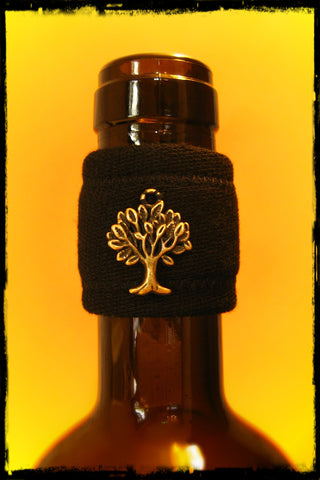 Wine band accessory bottle drip stopper with brass tree pendant