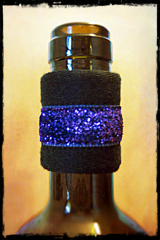 Wine band bottle accessory drip stopper gift with blue sparkle dripteez