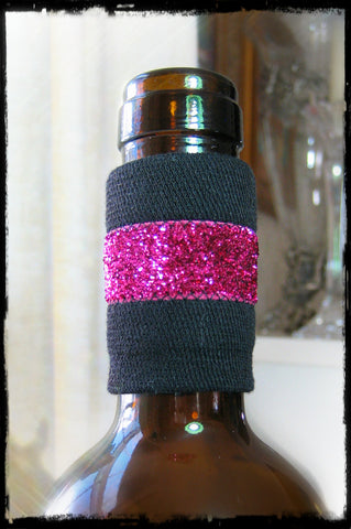 Wine accessory bottle band drip stopper with pink sparkle dripteez