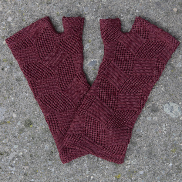 2018 kate watts Burgundy diamonds knit merino fingerless gloves