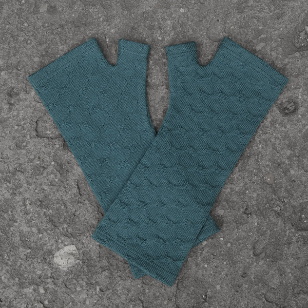 2018 Kate Watts Teal crosses knit merino fingerless gloves