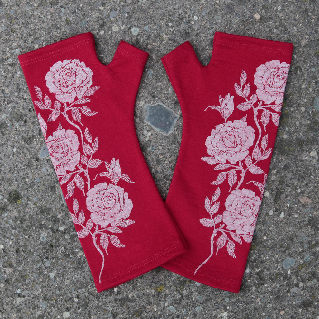 Red rose print merino fingerless gloves