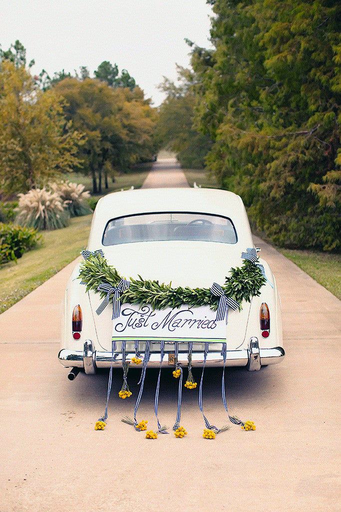 retro vintage wedding car just married poster  my hot posters