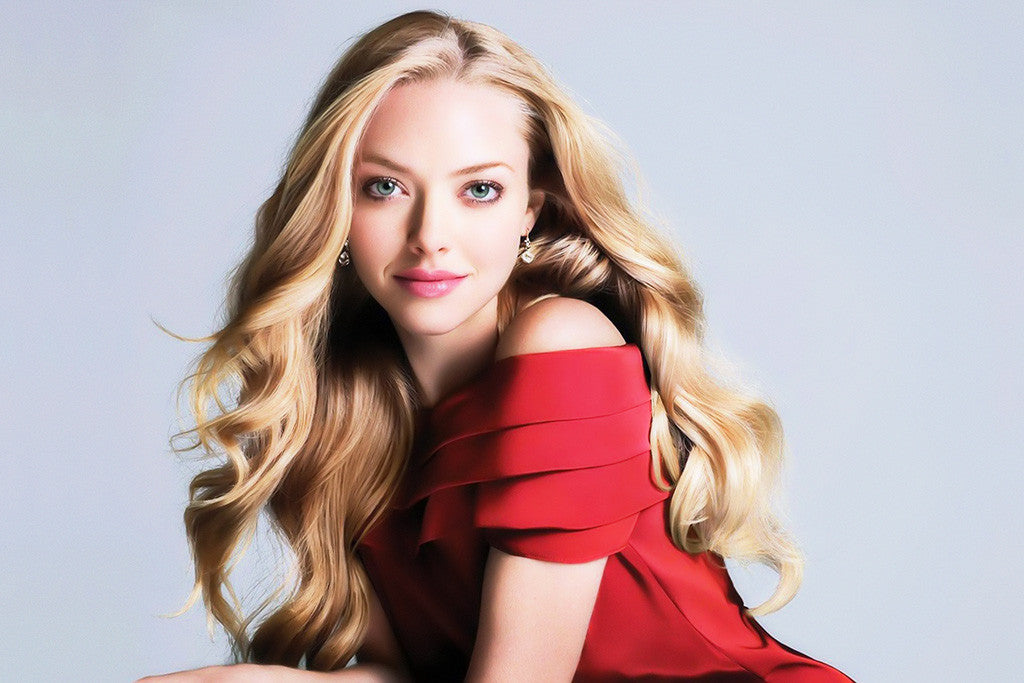 Amanda Seyfried Eyes Poster