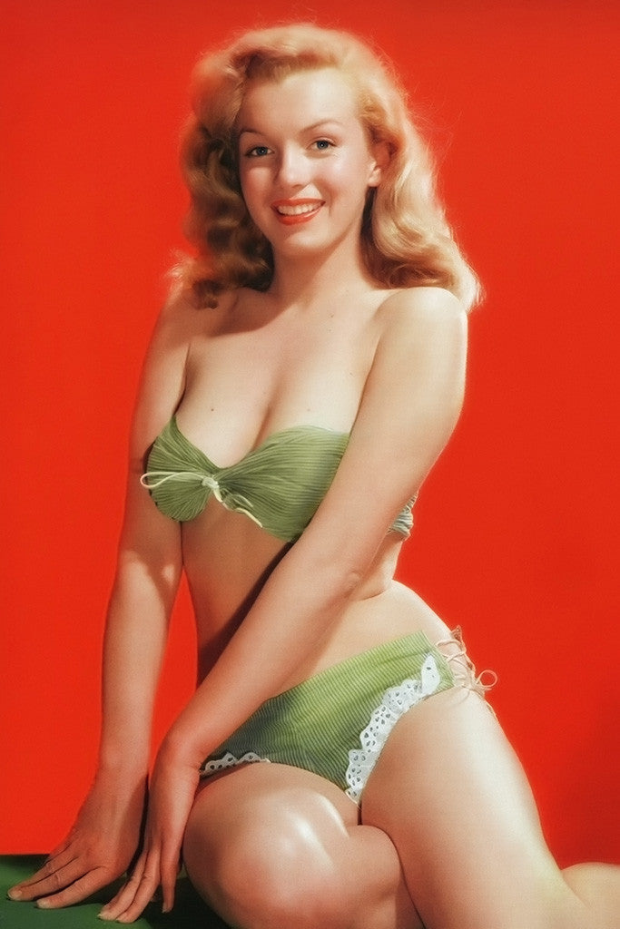 Marilyn Monroe Bikini Body Red Poster