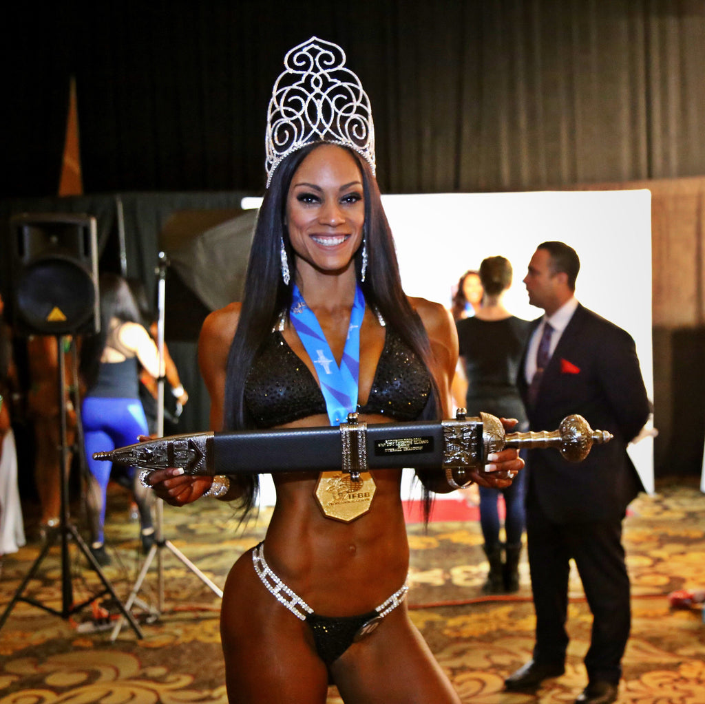 fitness girls wear hair extensions for competitions