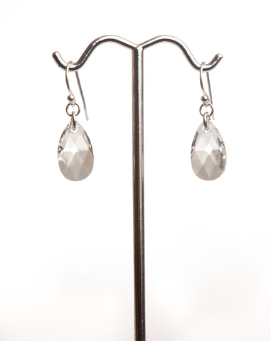 I005 Crystal Drop Earrings